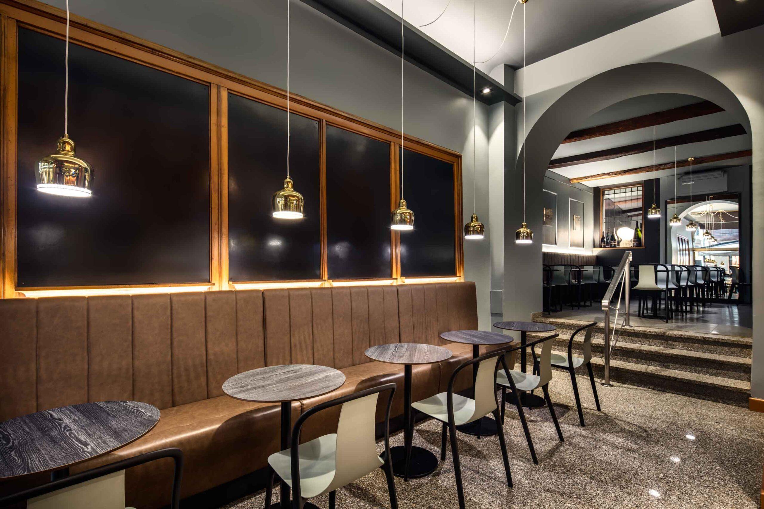 Bar Venezia - Ghiroldi Design - Mantova - Foto di Davide Galli, fotografo di architettura e interni a Milano