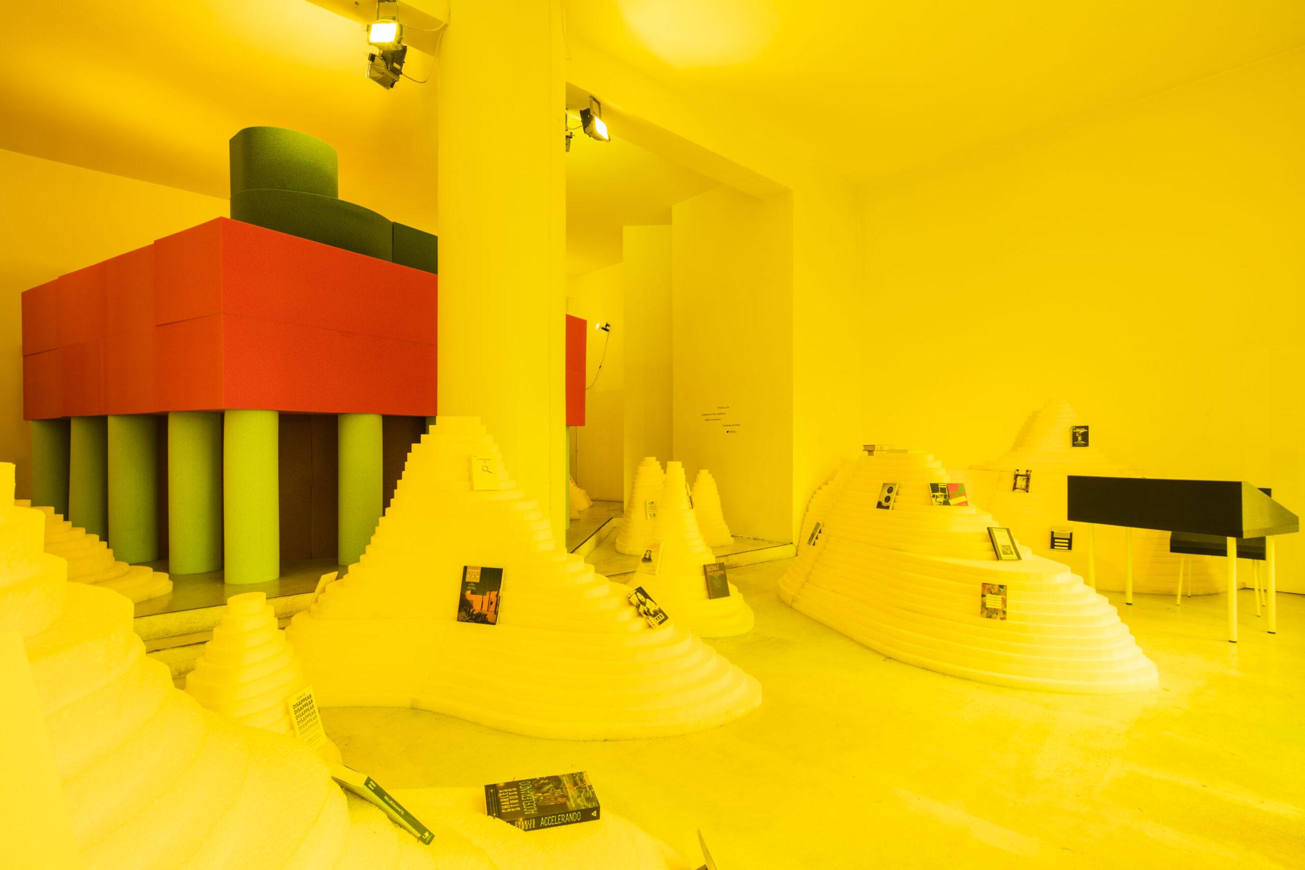 Book from the wilderness - Parasite 2.0 - Libreria 121 - Corraini Edizioni - Foto di Davide Galli, fotografo di architettura e interni a Milano